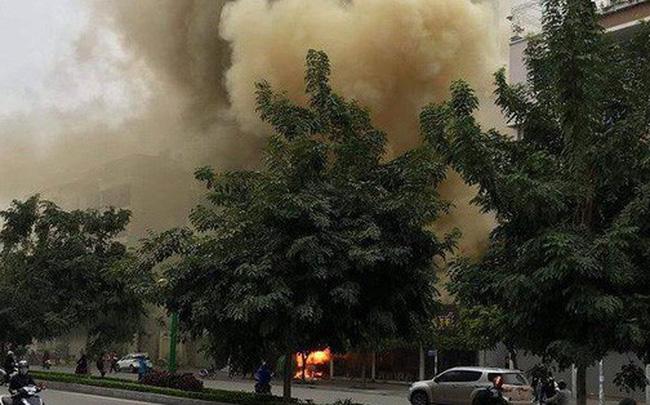 Cháy quán cháo ếch ở Hà Nội